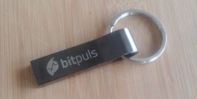 USB-Stick-mit-binauralem-Sound
